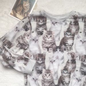 Must have right MEOW H&M kitten sweatshirt 6-8 Y
